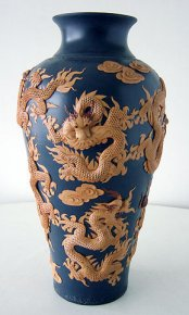 Large Handmade Chinese Porcelain Vase - Dragon Clay