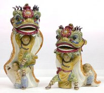 Ancient Chinese Lion Dragon Dance Ceramic Figurine Huang Feihong