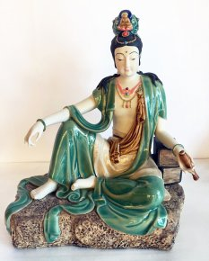 Kwan Yin Ceramic / Porcelain Figurine Statue Master piece Collection